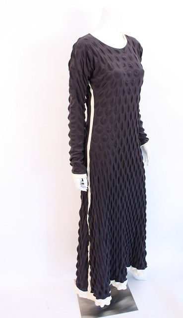 2000 Issey Miyake egg crate dress.   Image courtesy of Rice and Beans Vintage.