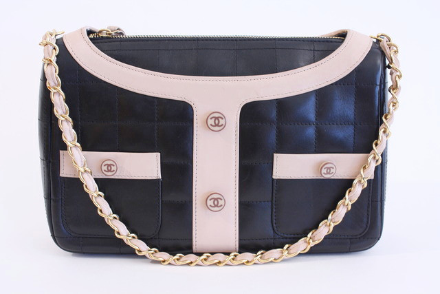 30d8177d0f7b2b Vintage Chanel Handbags: Our Reasons to Love Them » Vintage Fashion ...